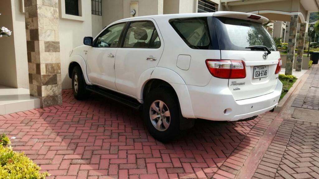 Toyota Fourtuner