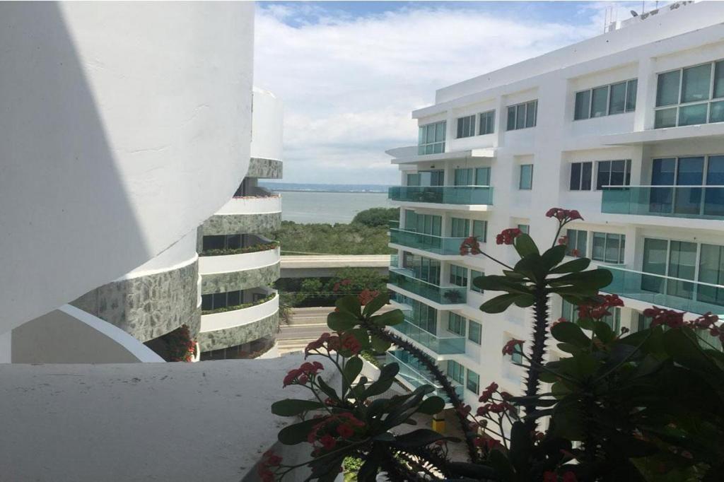 Apartamento En Venta En Cartagena La Boquilla Cod : 9171