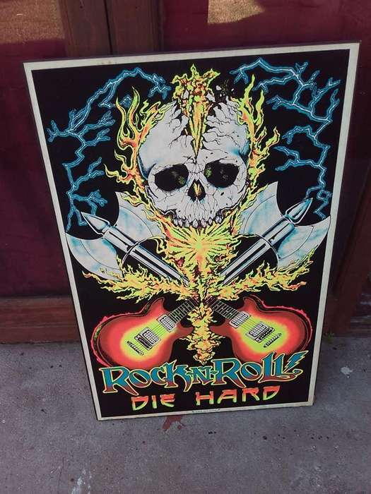 Poster Vintage de Terciopelo Flocado Rock and Roll Die Hard 1985 by Scorpio Posters New York