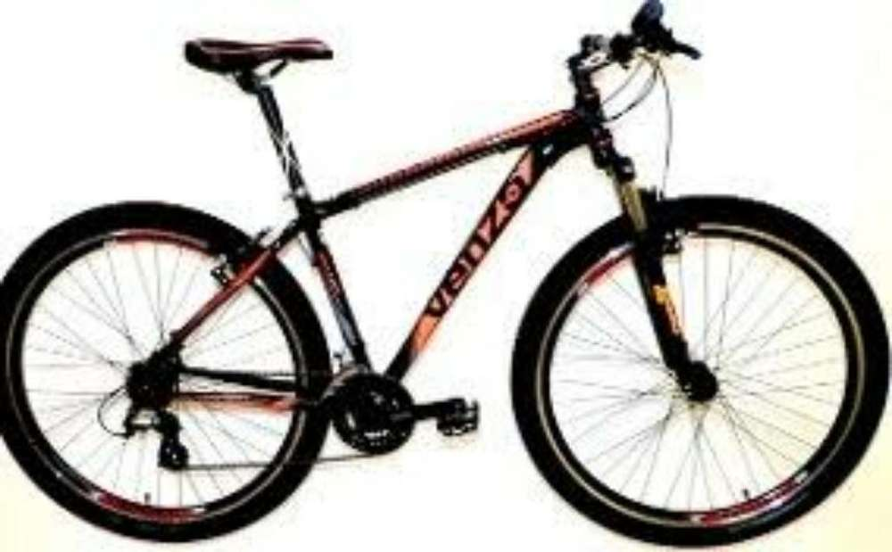 Vendo Bici Venzo Rod.26 21 V. Shimano