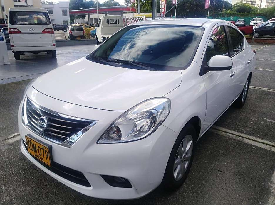 Nissan Versa 2013 - 94366 km