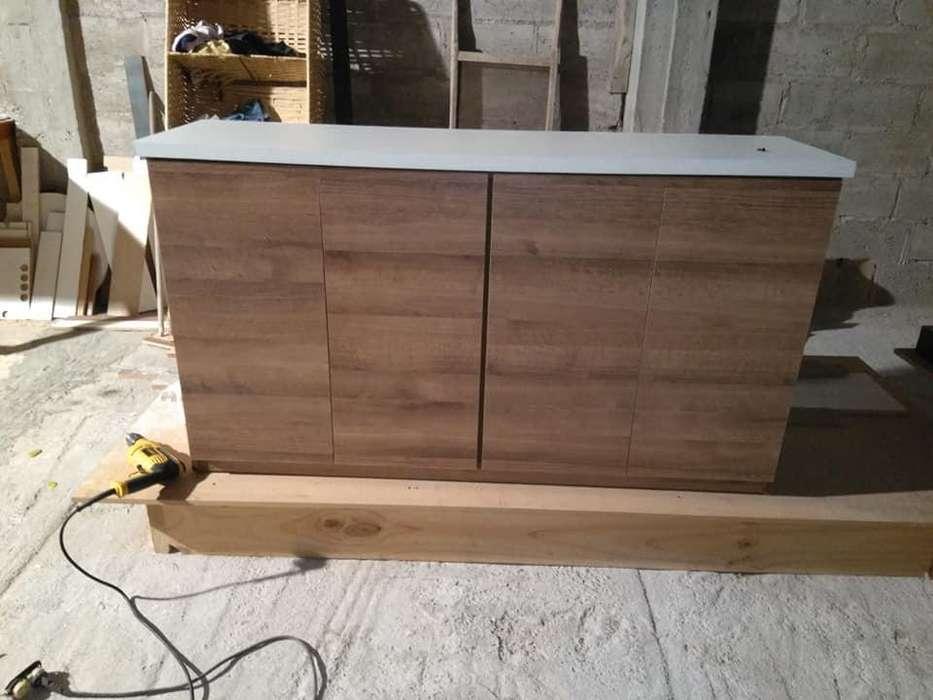 busco y realizo trabajos de carpintería lacado y armado de todo tipo de muebles