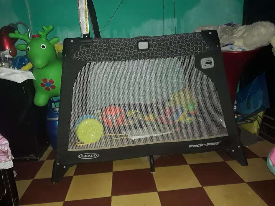 Vendo Corral Mini Portable Graco