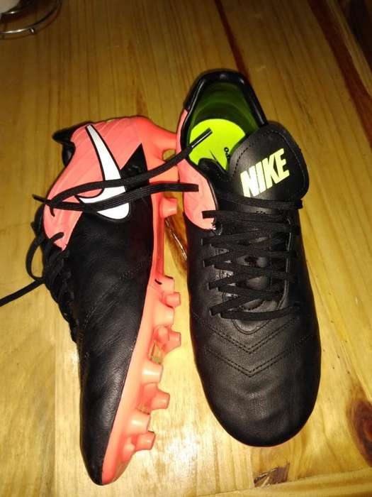 Botines Nike 10 Min de Uso