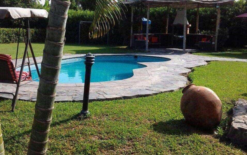 casa de campo en Cerro Bermejo, San Antonio, Mala (para 14 personas, amoblada, con piscina)
