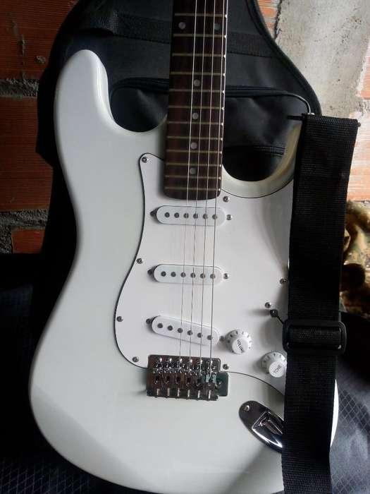 Vendo Guitarra Electrica