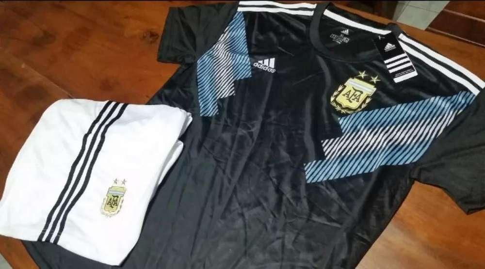 Camisetas. Conjuntos Selección Argentina