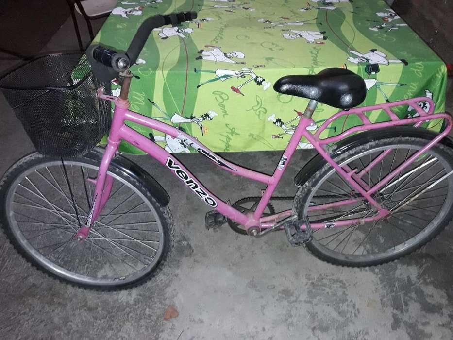 Se Vende Bicicleta de Mujer...r26