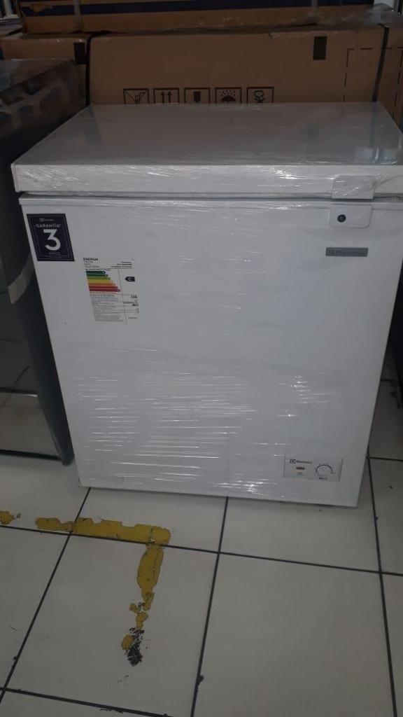 Congelador Electrolux EFC15A2HPWB de 150 litros - Blanco Electrodomesticos Jared