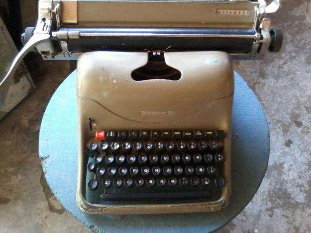 maquina de escribir lexikon 80