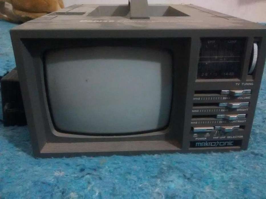televisor portatil antiguo