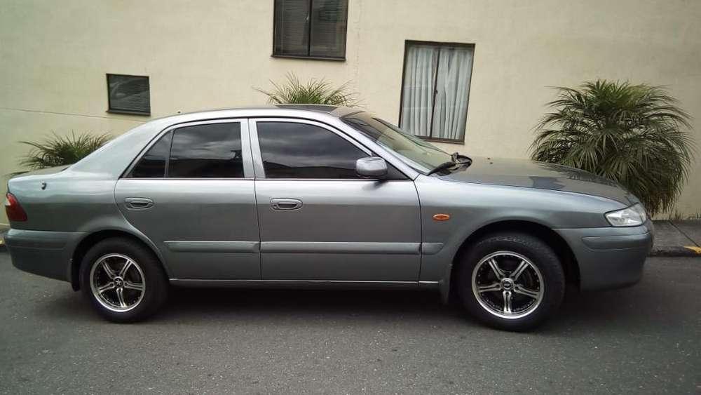 Mazda 626 2002 - 180000 km
