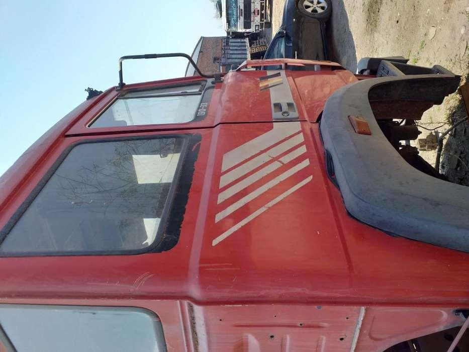 Vendo iveco 19033 con moror para reparar tel 2604018609