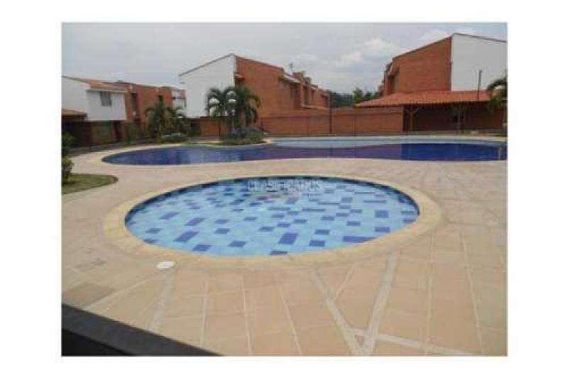 Casa En Venta En Jamundi Cinco Soles Cod. VBKWC-10403990
