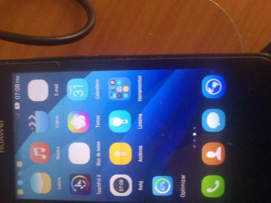 Celular Huawei Y360-U03 en buenas condiciones.