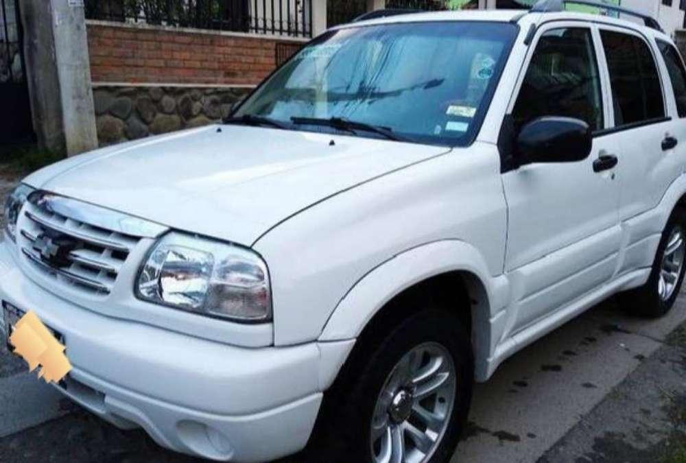Chevrolet Grand Vitara 2011 - 180000 km