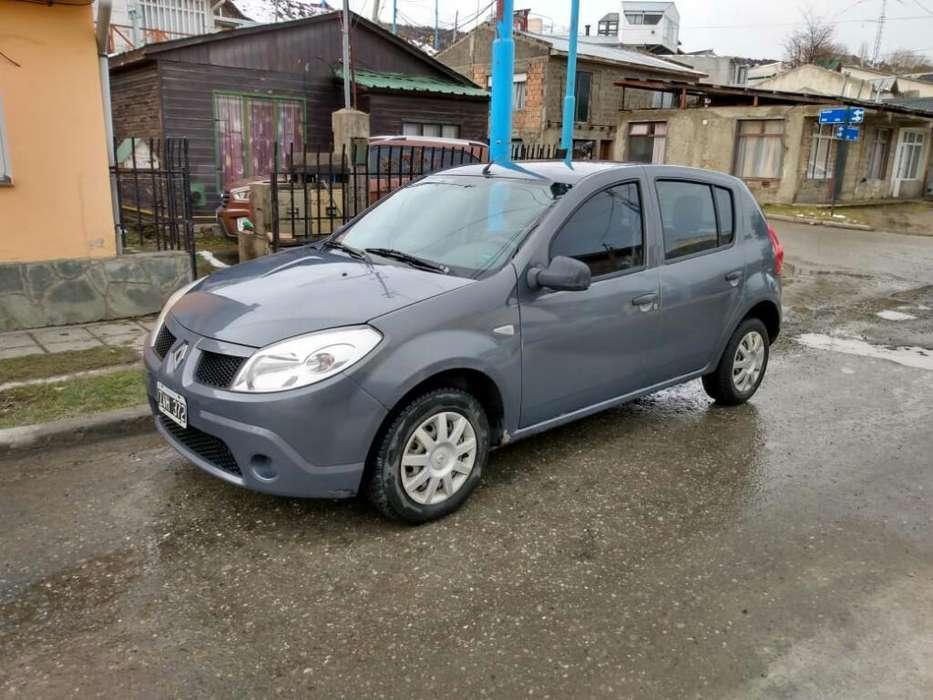 Renault Sandero 2010 - 145000 km