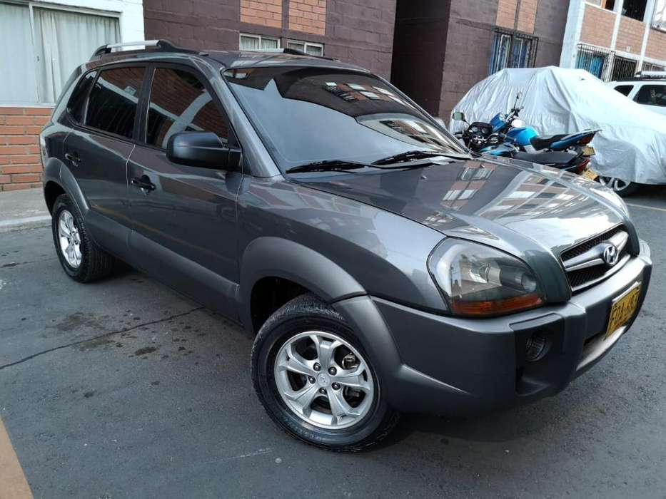 Hyundai Tucson 2010 - 140000 km