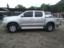 Hilux 2011 4*4 Diesel