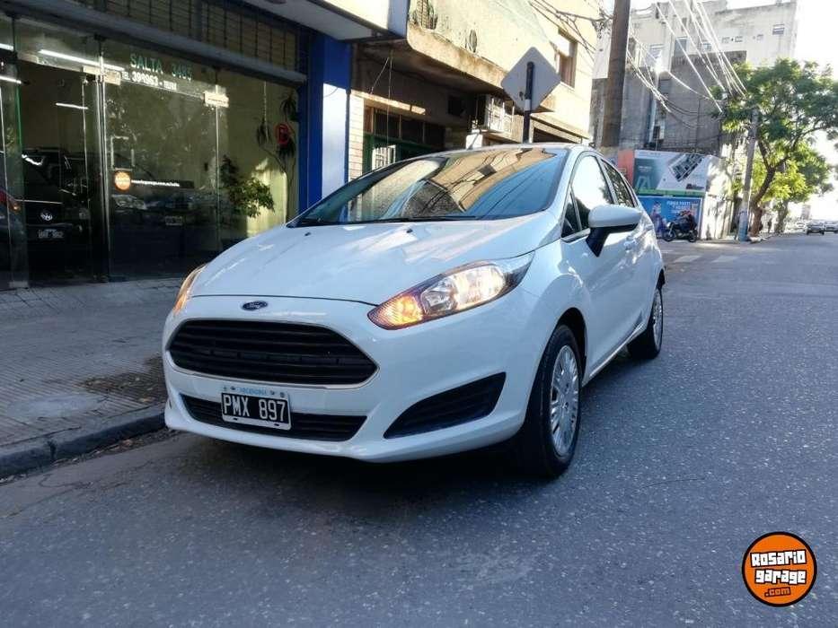 Ford Fiesta Kinetic 2016 - 44000 km