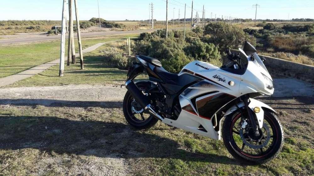 Kawasaki Ninja 250r Edicion Limitada