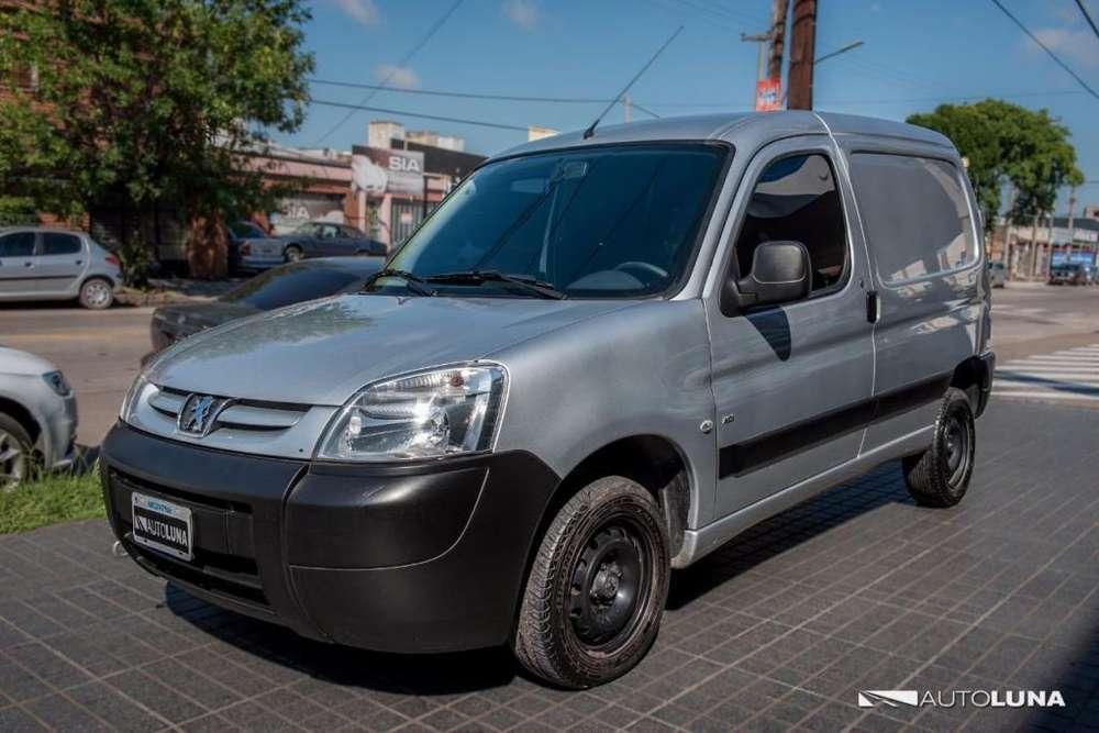 Peugeot Partner 2014 - 97000 km