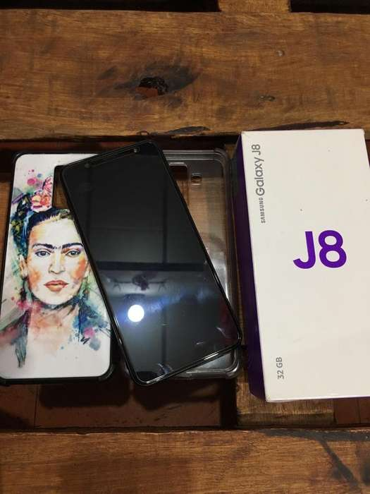 Samsung J8 Impecable