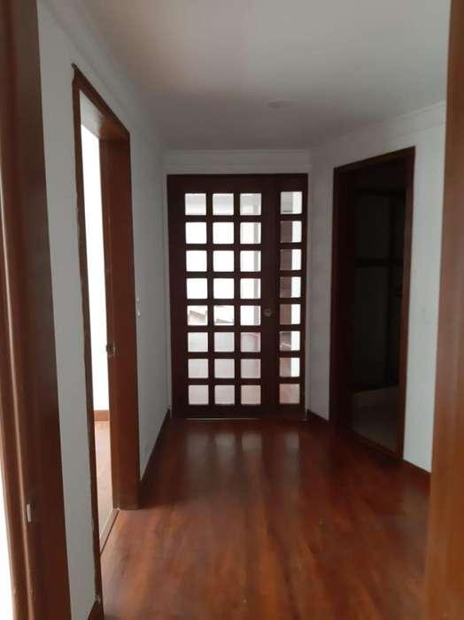 <strong>apartamento</strong> EN ARRIENDO EN SANTA BARBARA S443-1405