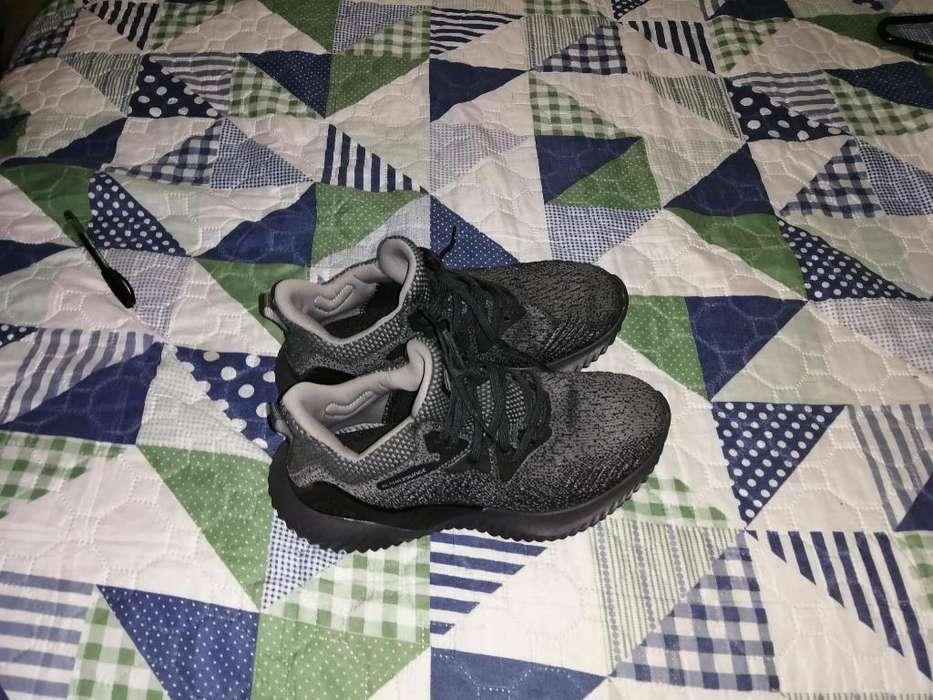 Vendo Zapatilla Nueva Marca Adidas