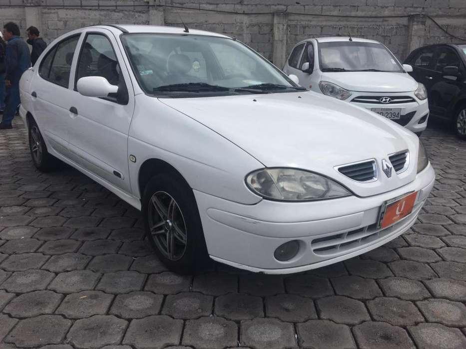 Renault Megane  2006 - 220000 km