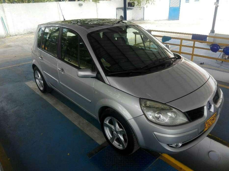 Renault Scenic  2008 - 135600 km