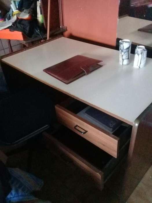 Excelentes <strong>muebles</strong> para Estudio