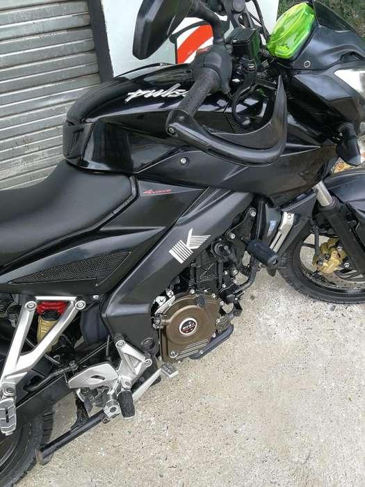 Vendo Moto Pulsar 200 Ns Como <strong>nueva</strong>
