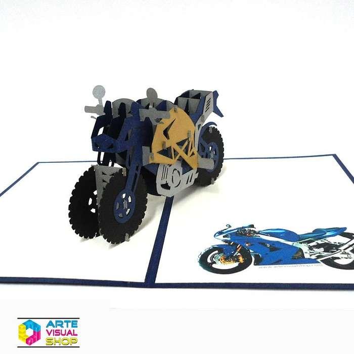 Tarjeta de regalo moto pop up cumpleaños