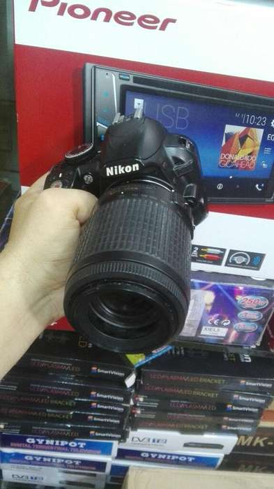 Camara Nikon 3100