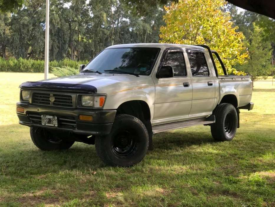 <strong>toyota</strong> Hilux 2001 - 350000 km