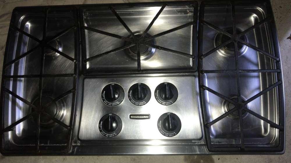 Estufa de alta cocina KitchendAid 5 puestos