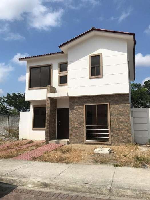 Bella Casa en Urb. <strong>costa</strong> Real, Vía a La <strong>costa</strong>