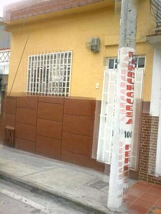 Vendo Casa Barrio Corbones Via Principal