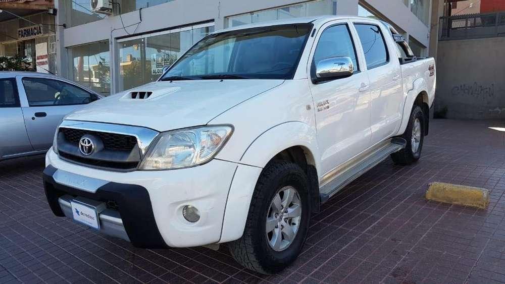 Toyota Hilux 2011 - 187800 km