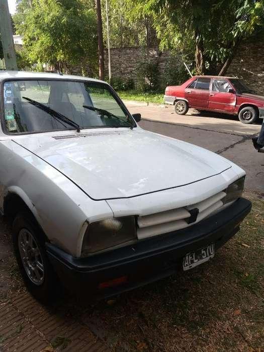 Peugeot 504 1995 - 3666663 km