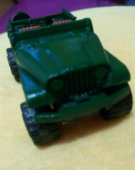 Jeep Frances Majorette