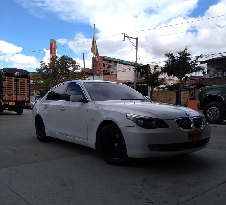 BMW 525 MODELO 2008