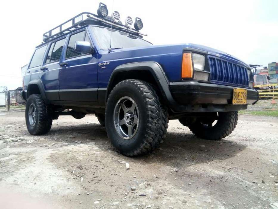 <strong>jeep</strong> Cherokee 1993 - 226000 km