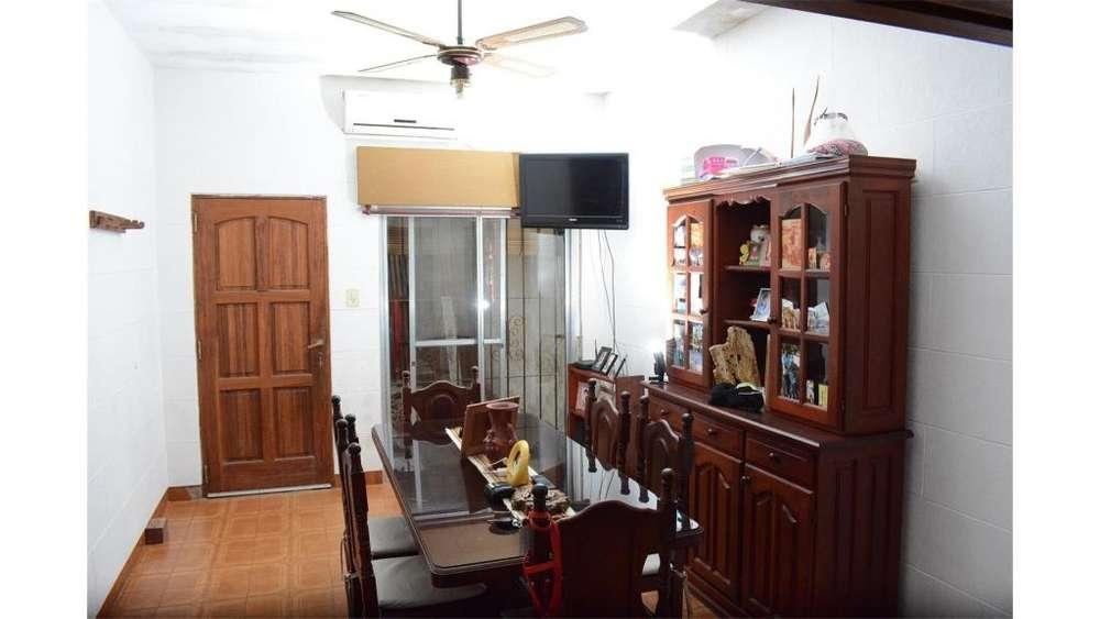 Inte Juan Dellepiane 900 - UD 180.000 - Casa en Venta
