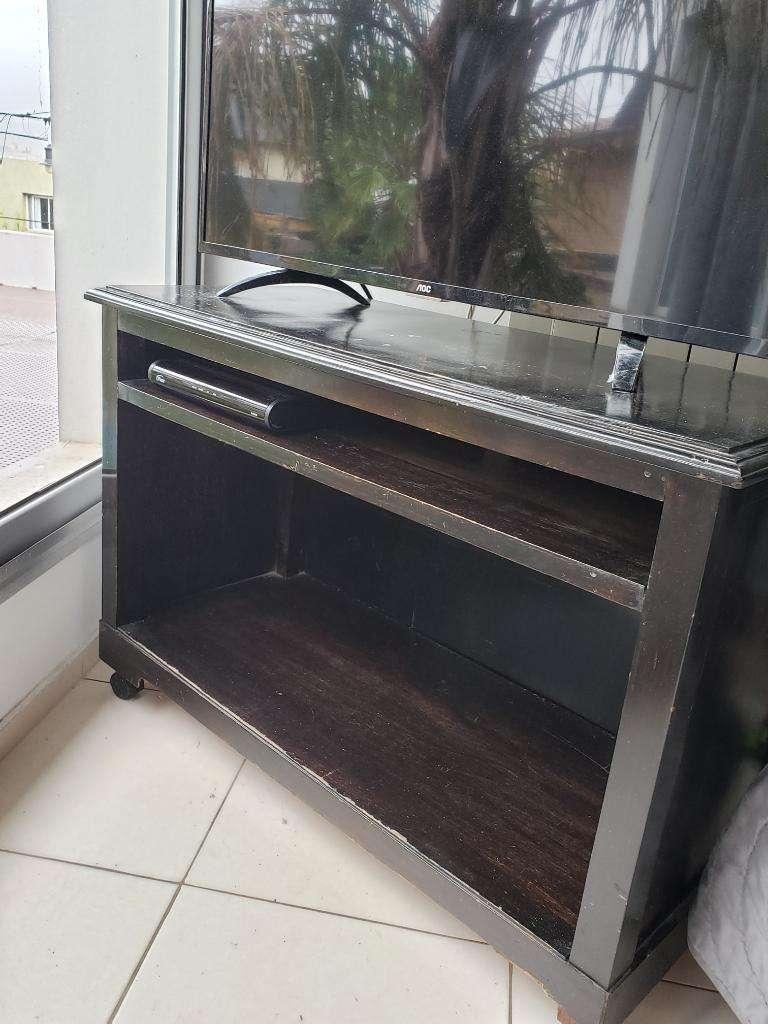 Mueble Rack Tv con Ruedas de Madera Ofer