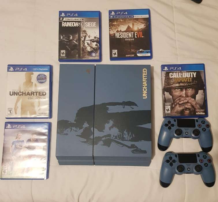 Play Station 4 Uncharted