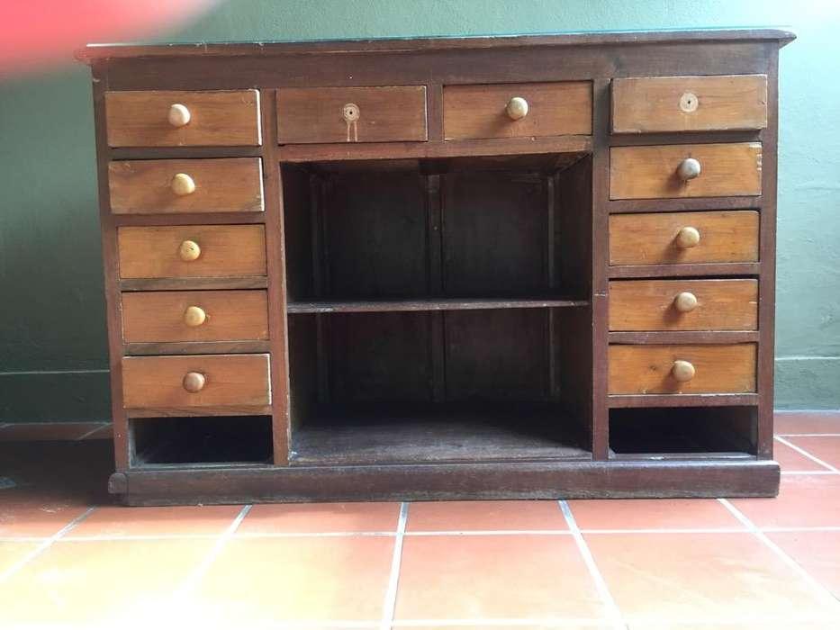Mueble Mostrador Antiguo de Madera