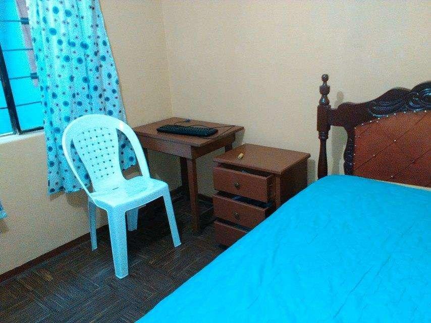 Alquilo habitación amoblada sector Las <strong>casas</strong>