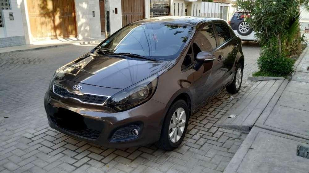 Kia Rio Hatchback 2013 - 66000 km